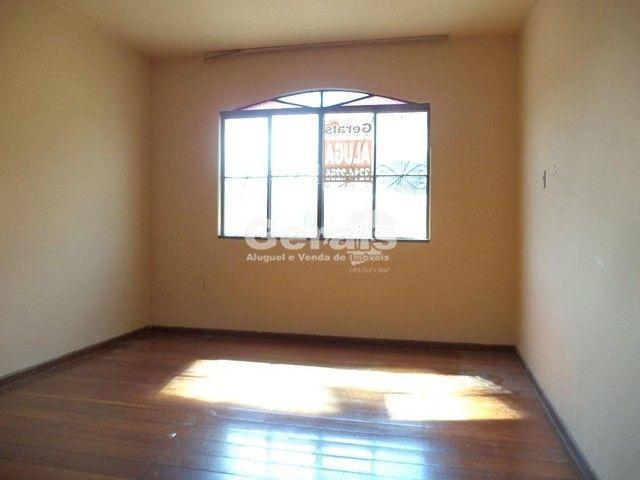 Apartamento para aluguel, 3 quartos, 1 suíte, 1 vaga, AFONSO PENA - Divinópolis/MG - Foto 4