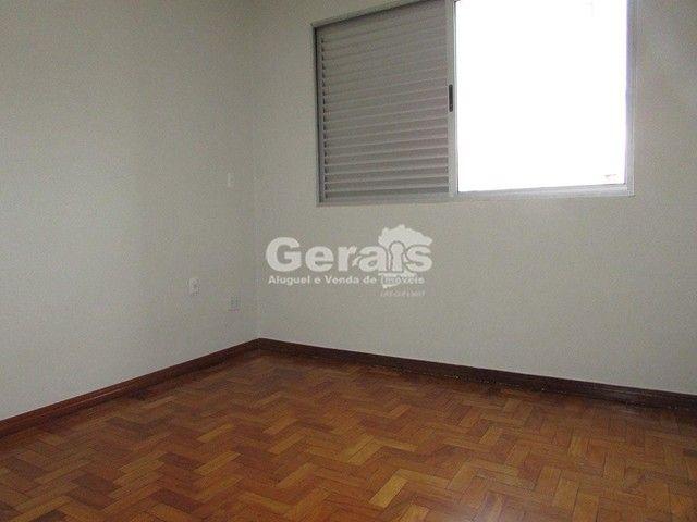 Apartamento para aluguel, 3 quartos, 1 suíte, 1 vaga, Santo Antônio - Divinópolis/MG - Foto 8