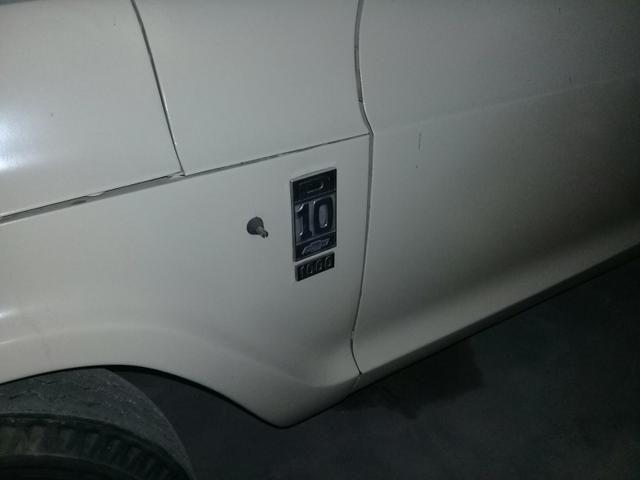 Relíquia D10 único dono motor a diesel