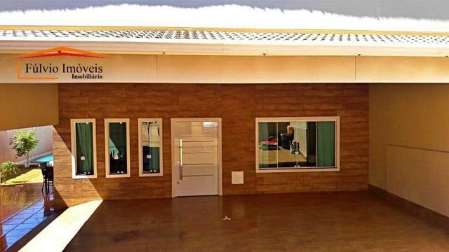 Oportunidade! Taguaparque! 03 quartos, piscina aquecida, churrasqueira, fogão à lenha - Foto 2