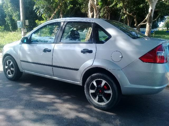 Ford Fiesta Sedan 1.0 Kit Gás R$ 13.500,00