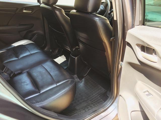 Honda Fit automático com couro e multimedia, ún.dona com 60 mil km!!!! - Foto 10