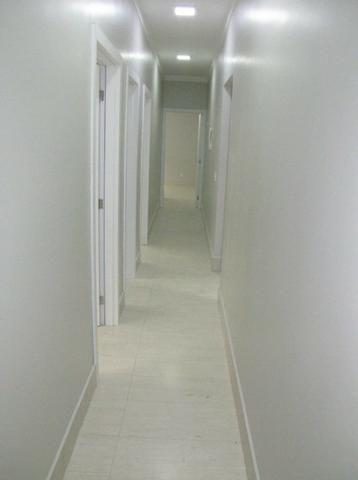 Maravilhosa!! Condomínio vazado para Estrutural 03 quartos, churrasqueira e piscina - Foto 9
