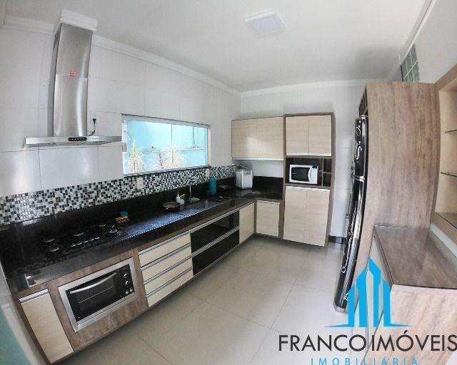 Espetacular casa Duplex com 06 Qts e lazer completo na Praia do Morro - Foto 20