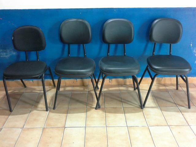 04 cadeiras