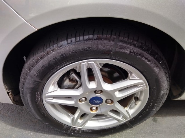 New Fiesta sel / ford / 1.6 / flex / 04 portas / automático / 2018 / 49.000 km - Foto 11