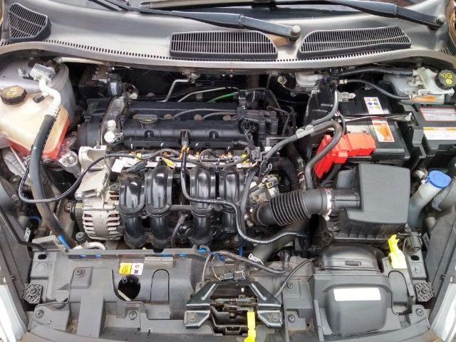 New Fiesta sel / ford / 1.6 / flex / 04 portas / automático / 2018 / 49.000 km - Foto 16