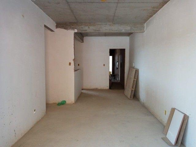 Lindo com 3/4 por R$ 295.000 suíte varandas e elevador em Recanto da Mata - Foto 8