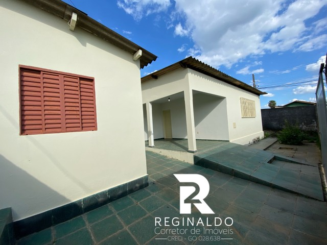 Vendo Area de esquina no bairro Santa Luzia ll com 2 casas. Luziania/GO - Foto 4