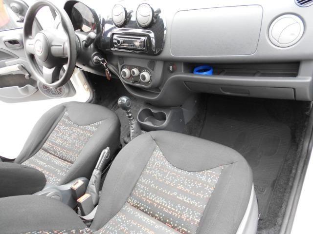 Fiat Uno Vivace 1.0 Flex - Foto 16
