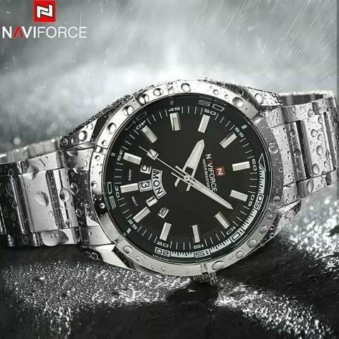 cbcd581db72 Relógio de luxo importado - Bijouterias