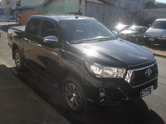 Toyota hillux srv 4x4 2.8 diesel automatica - Foto 3