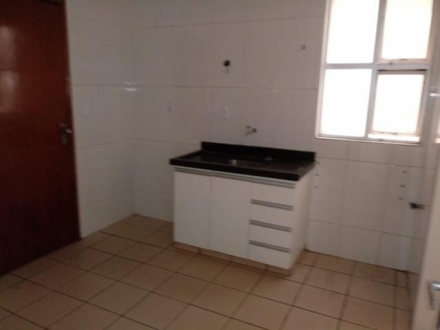 Apartamento para alugar com 3 dormitórios em Setor bueno, Goiânia cod:12245