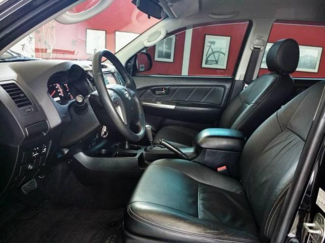 Toyota Hilux LIMITED CD 3.0 4X4 DIESEL AUTOMÁTICA - Foto 4