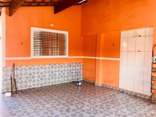 Casa toda reformada a 600 metros da Rodovia Alexandre - Foto 14