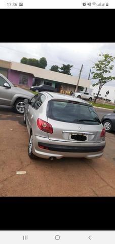 VENDO OU TROCO carro extra - Foto 2
