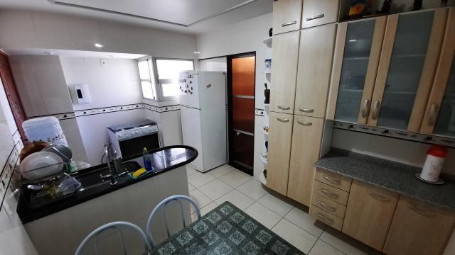 Apartamento no Centro 2 quartos de frente para a Praia das Castanheiras - Foto 14