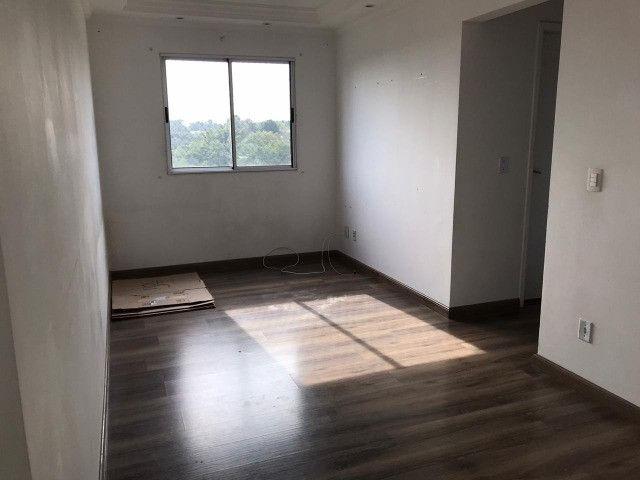 Apartamento (Vila Correa) -Ótima localização