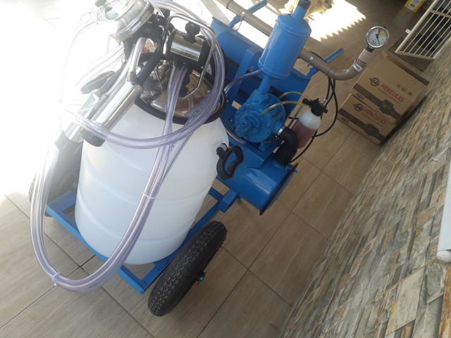 Ordenhadeira de carrinho oferta direto de fabrica em 12x nos cartoes - Foto 2