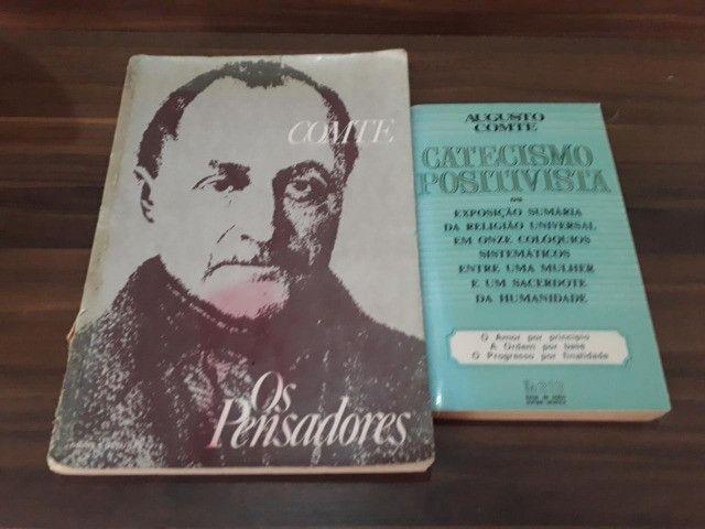 Auguste Conte ( 2 exemplares) + Os Pensadores (Fascículos)