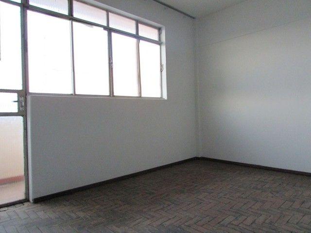 Apartamento para aluguel, 3 quartos, 1 vaga, CENTRO - Divinópolis/MG - Foto 5