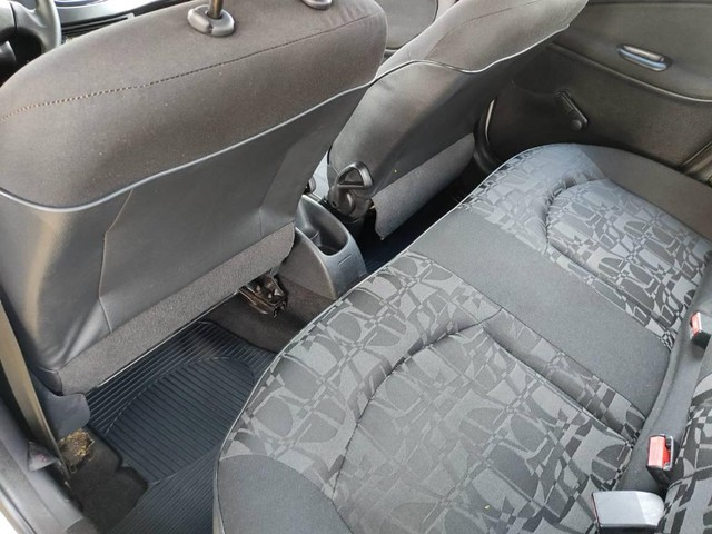 Peugeot 207 XR 1.4 2009 - Foto 11