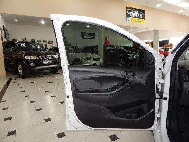 Ford Ka Hatch 1.5 SE Sigma Flex Completo C/ Pneus Novos Só 63.400 Kms - Foto 17