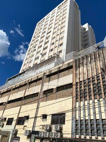 Apartamento com 3 dormitórios para alugar, 120 m² por R$ 1.150,00/mês - Centro - Uberaba/M