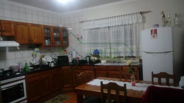 Linda casa no bairro joão costa | 131 m2 construída | 03 dormitórios - Foto 5