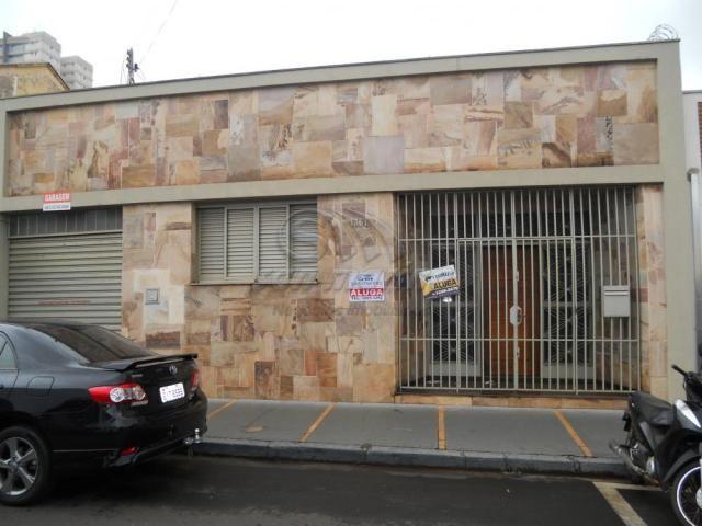 Casa à venda com 3 dormitórios em Centro, Jaboticabal cod:V1449