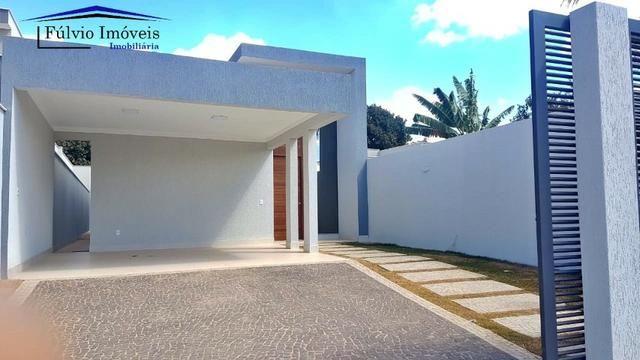 Maravilhosa!! Condomínio vazado para Estrutural 03 quartos, churrasqueira e piscina
