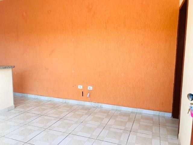 Casa toda reformada a 600 metros da Rodovia Alexandre - Foto 15