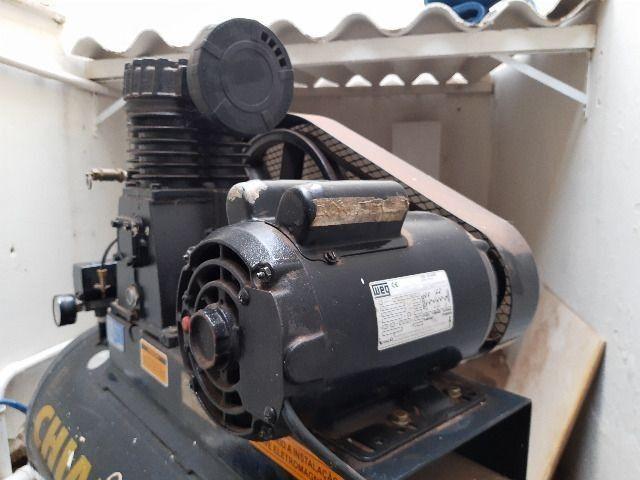 Compressor de ar média pressão 10 pcm 110 litros - Chiaperini 10 MPI 110 L com Motor - Foto 2