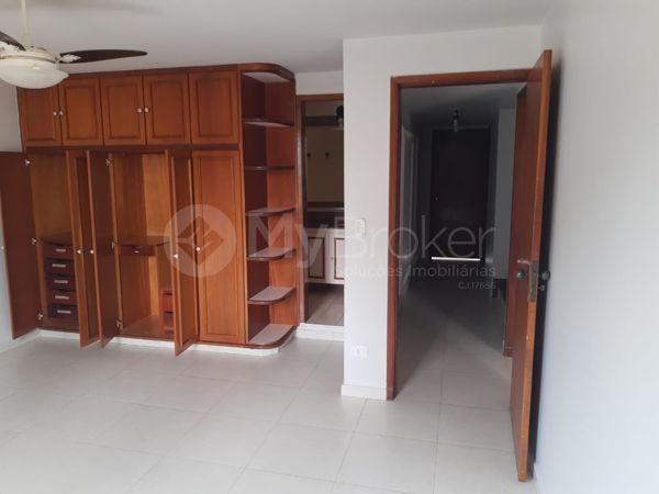 Casa sobrado com 6 quartos - Bairro Setor Bueno em Goiânia - Foto 7