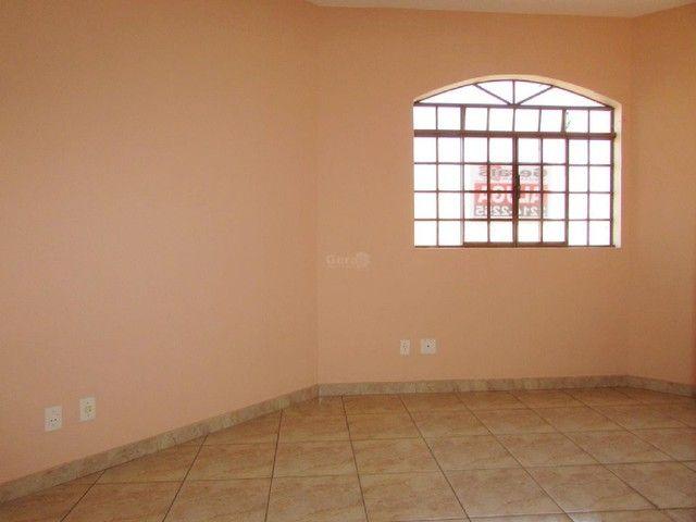 Apartamento para aluguel, 3 quartos, 1 vaga, HALIM SOUKI - Divinópolis/MG - Foto 2