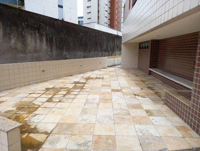 Edf Saint Bernard  140m2 4 quartos 2 suites, Aflitos - Recife - PE - Foto 12