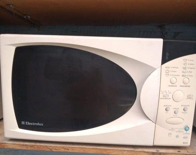 microondas  revisados com 3 meses de garantia ...entrego dependendo da localização  - Foto 6