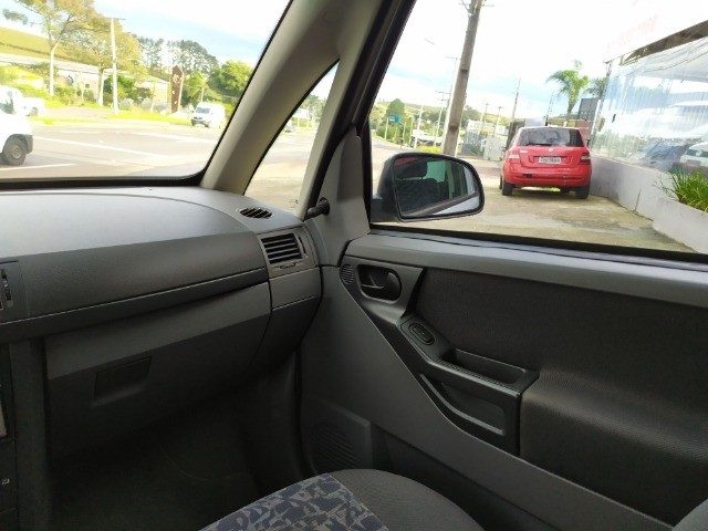 Chevrolet/ Meriva 1.8 MPFI 8V 2003 - Foto 9