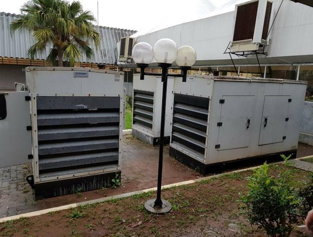 Gerador de Energia 150 kVA (Cabinado)