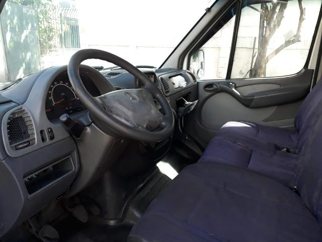 Sprinter 311 CDI - Baú - 2002