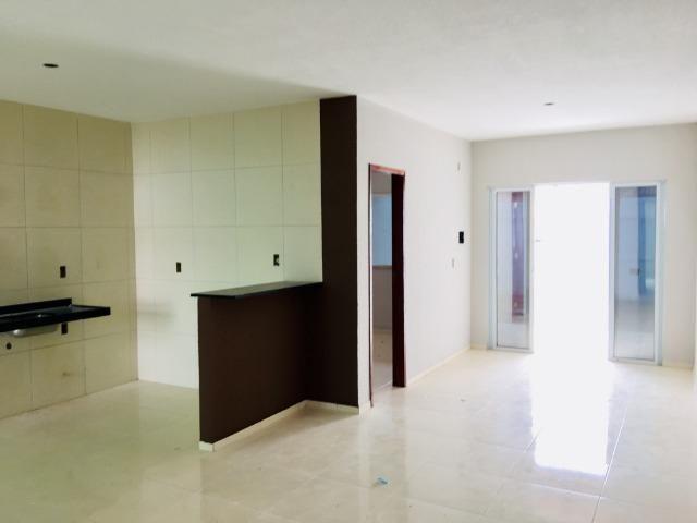 Documentação Inclusa: 2 quartos, 2 wcs, garagem, sala, coz americana, quintal, área serviç - Foto 5