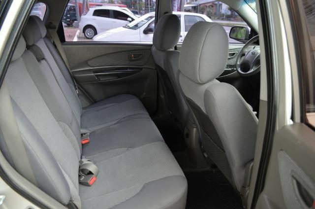 Hyundai Tucson 2.0 gl gasolina automática * completa * pneus novos - Foto 11
