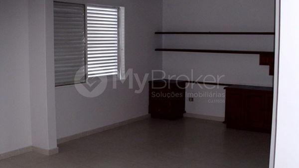 Casa sobrado com 6 quartos - Bairro Setor Bueno em Goiânia - Foto 8
