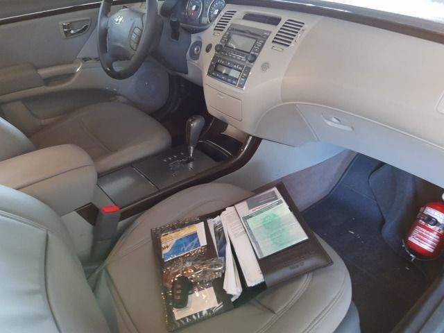 Hyundai Azera 3.3 V6 - Foto 6