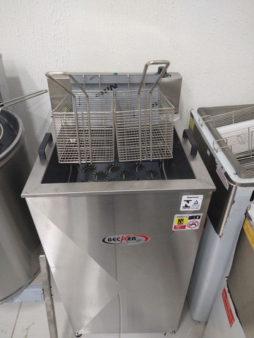 Fritadeira elétrica 25L água e óleo 5000W - * Irani