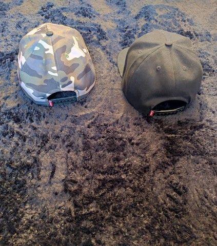 Boné Asphalt Preto e Camuflado Top cada um por R$:20 - Foto 3