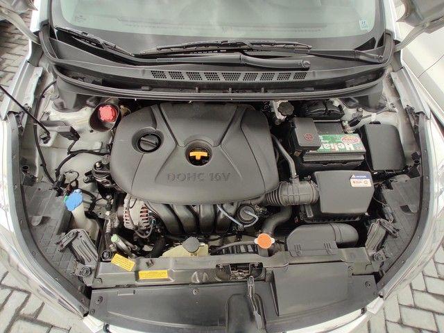 Hyundai Elantra 1.8 GLS 2013 Único Dono - Foto 11