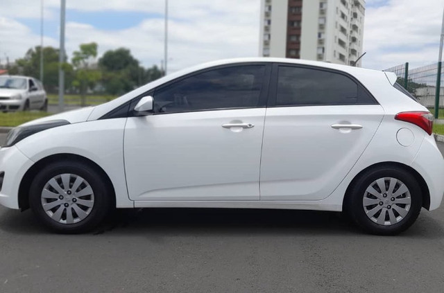 Hyundai HB20 - 1.6 Conforte Branco - Kit GNV - Foto 6