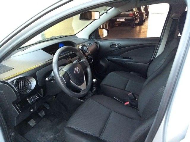 Toyota Etios Hatch 1.3X 2018 Completo Único Dono Novíssimo - Foto 10