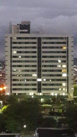 Apartamento no edif.. Tenerife, bairro Universitário em Caruaru  - Foto 3